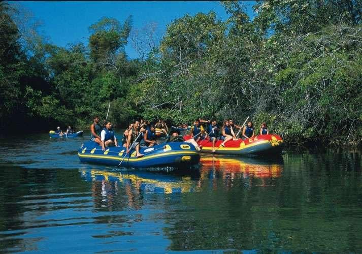 Bote no Rio Formoso1