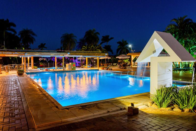 noite na piscina do Zagaia